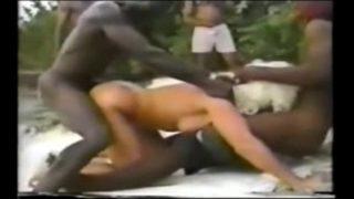 tourisme sexuel en Jamaïque pour une blondasse