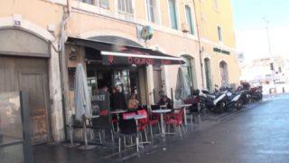 plan cul amateur sur Marseille avec une jeune serveuse de bar